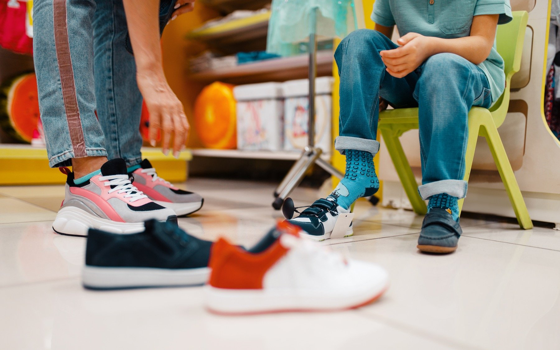 Family Shoe Shopping for Best Shoes for Plantar Fasciitis